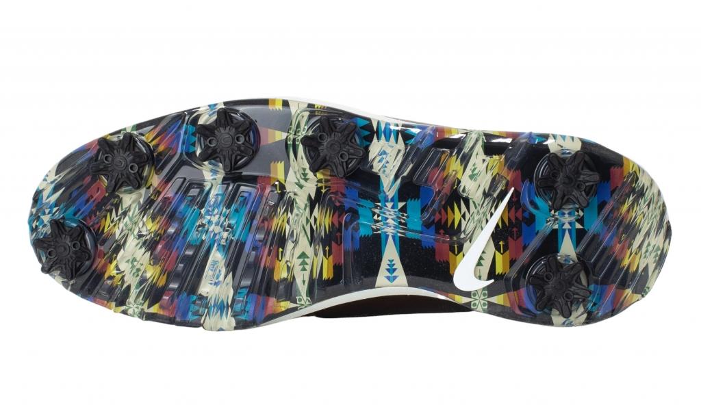 Nike X Seamus Golf Air Zoom Victory Tour sole