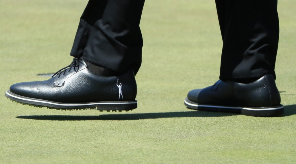 phil mickelson golf shoes